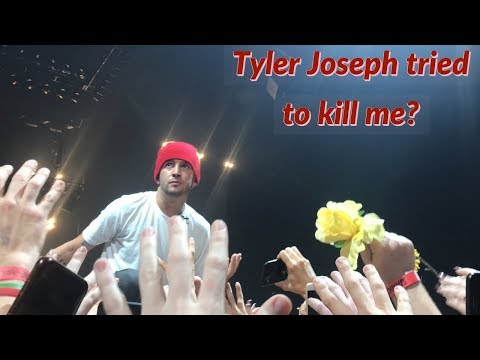 ALMOST DIED AT A TWENTY ONE PILOTS CONCERT!