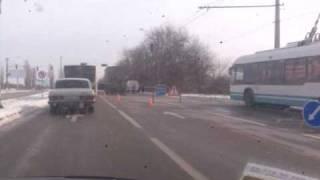 ДТП-у фуры сорвало кабину.3gp(, 2010-04-12T14:23:16.000Z)