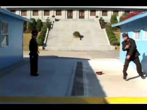 Lính Bắc Hàn và Nam Hàn đọ hiphop