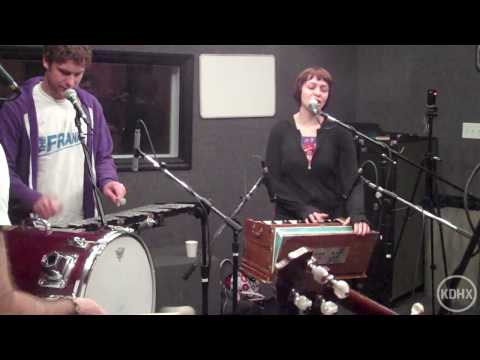 """Freelance Whales """"Starring"""" Live at KDHX 6/8/10 (HD)"""