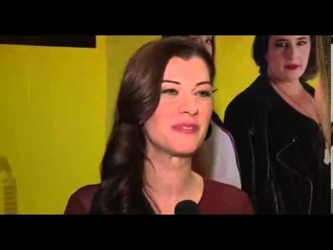 Filiz Ahmet, Kadın İşi'ni anlatıyor!|Интервью Филиз Ахмет на премьере нового фильма!
