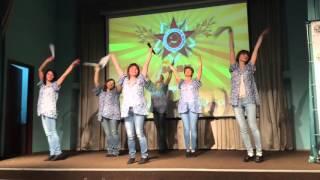 Номер учителей и родителей школы 1376 на концерте, посвященном годовщине Великой Победы