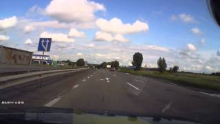 Смотрите по зеркалам уважаемые водителя грузовых автомобилей!(, 2015-07-14T18:34:36.000Z)