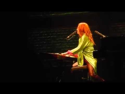 "Tori Amos ""Thank U"" (Alanis Morissette)/ ""Tear in Your Hand"" at Ruth Eckerd Hall"