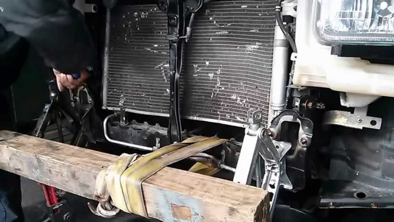 Straightening SUV frame at home - YouTube