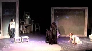 La Casa de los Espiritus 2 min   Clara y Barrabas