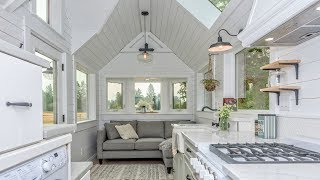 """The Elegant """"heritage"""" By Summit Tiny Homes In British Columbia   Living Design For A Tiny House"""