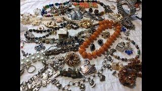 Jewelry Jar -Found  Bakelite, and more vintage jewelry