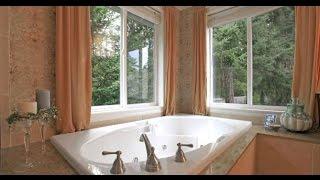 видео Дизайн Ванной Комнаты в Частном Деревянном Доме, Как Обустроить Туалет с Окном, Варианты Планировок и Красивые Проекты