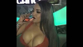 Video Meneando la chapa bien sexy download MP3, 3GP, MP4, WEBM, AVI, FLV Agustus 2018