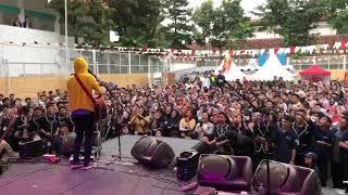 FIERSA BESARI x KERABAT KERJA - BUKAN LAGU VALENTINE ( SMAN 12 BANDUNG ) 14/02/2019