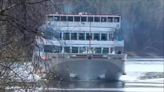 видео Речной круиз на теплоходе Леонид Соболев