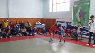 Рагулин Никита,городские соревнования по самбо 06.01.2014, г. Бузулук (третья схватка)