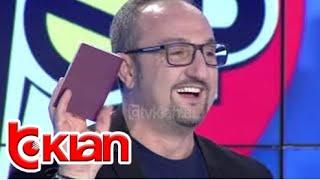 Stop - Kamera e fshehte/ 2 foto dhe 1 000 euro per nje pasaporte biometrike greke! (27 nentor 2018) thumbnail