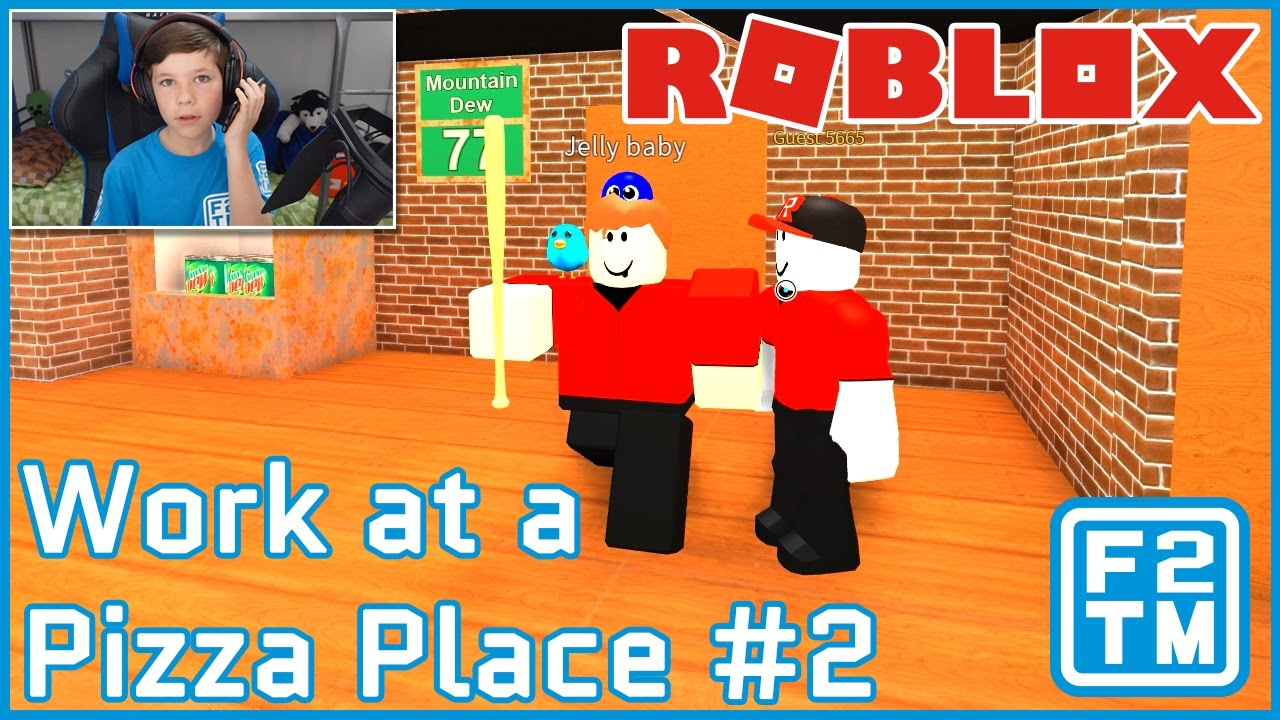 Guys I Got A New Job Roblox Work At A Pizza Place Youtube