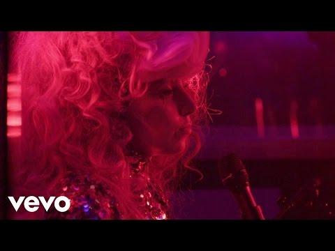 Lady Gaga - Poker Face  [Live Belvedere Gig]
