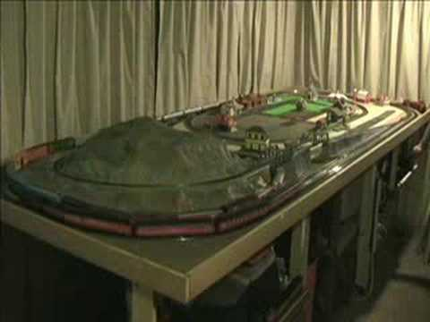 Small ho scale train layout long version youtube - Ho train layouts for small spaces image ...