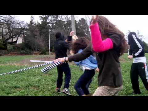 Harlem Shake. French Teenagers.