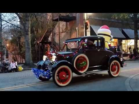 Holiday Parade in Wilmington North Carolina 2016