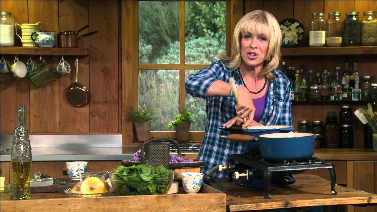 Saffron Spinach Risotto Annabel Langbein Youtube