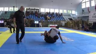 Leandro Escobar X Victor Gomes Brasileiro de Jiu Jitsu Sem Kimono 2015 Final