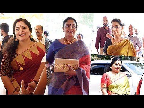 Old Malayalam Actress In Maniyanpilla Raju's Son Wedding