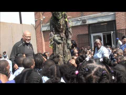 Treeman in New York at the Trey Whitfield School (AMAZING VIDEO!)