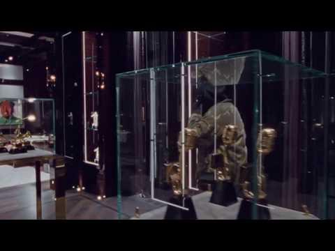 Drake-Toosie Slide (Official Music Video)