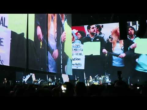 Roger Waters Live in Lisbon 2018 - Us and Them