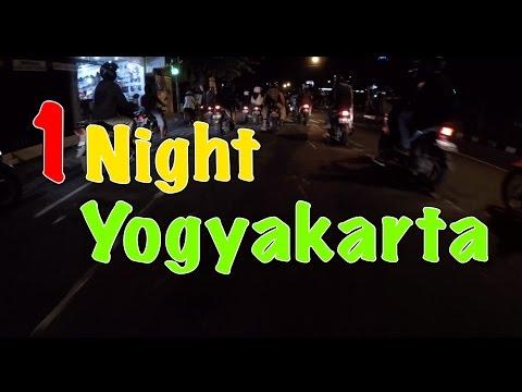 1 night in Yogyakarta : Malioboro street of food - good shows