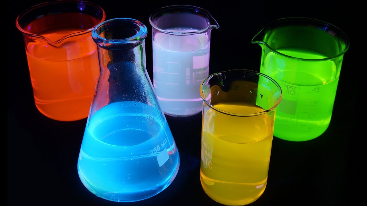 What is Fluorescence? Detailed Explanation. Amazing Glowing liquid ...