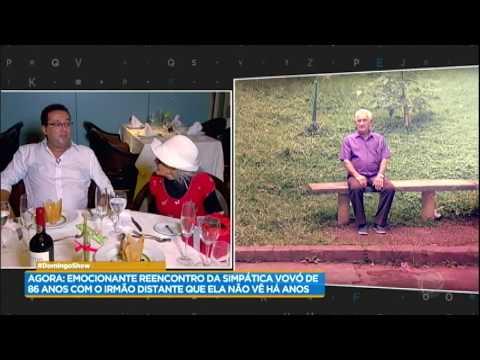 Vovó do farol reencontra a filha depois de 40 anos no Domingo Show