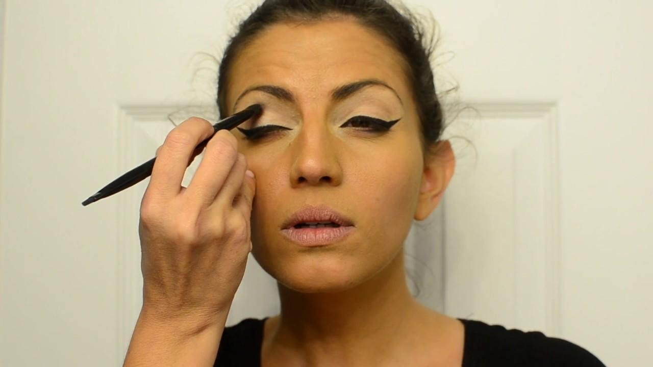 Delia Hippie Facil Dias Maquillaje Chic By SzUVpGjqLM