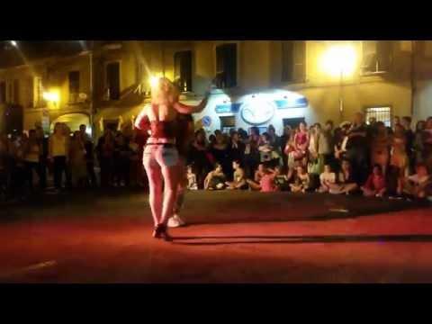 Bachata Sensual Denis & Aurora a Ovada in festa