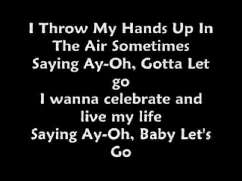 Dynamite-Taio Cruz Lyrics
