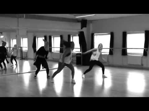 Allyson Allende - Caro (Starboy Feat. L.A.X. & Wizkid)