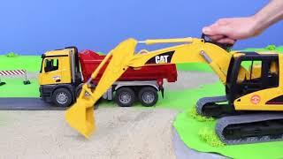 Pelleteuse, camion , truck & grue chantier de construction pour les enfants