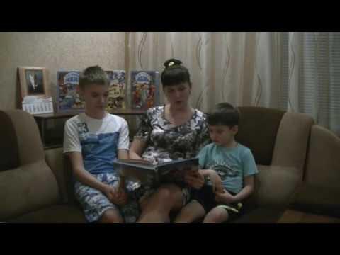 Изображение предпросмотра прочтения – ОлесяДемьяненко читает произведение «Колобок» (Русский фольклор )