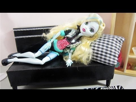 doll furniture recycled materials. Make A Doll Sofa Bed From Recycled Materials For Your Monster High, Barbie - Crafts Furniture