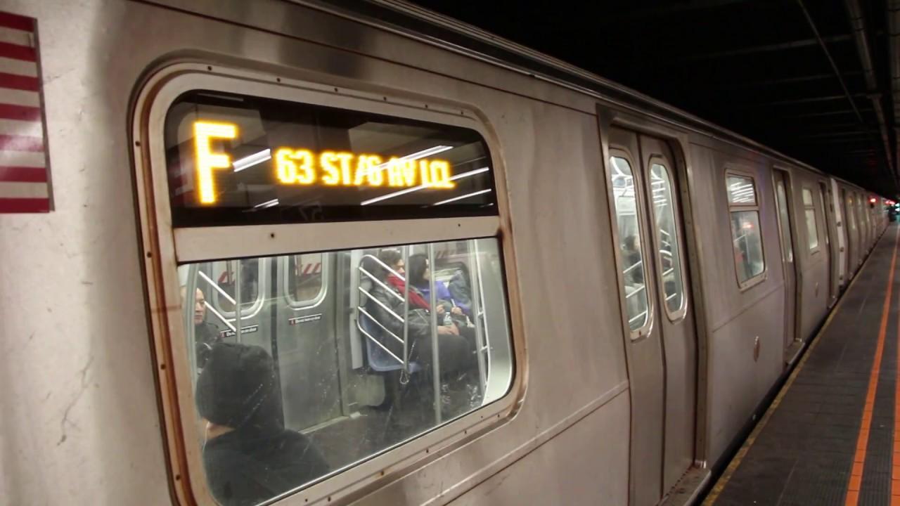 R160 F Train At 57th Street