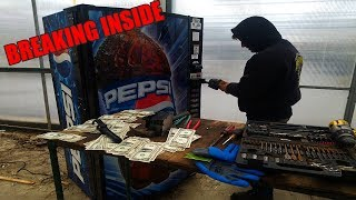 FOUND MONEY BREAKING INTO ABANDONED VENDING MACHINE! How much money was left in the vending machine?