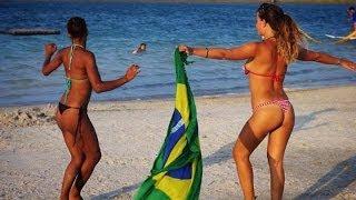 Rihanna  & Katy Perry in Jamaica Beach (Video)