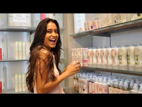 b2641e9d3 Lisa Haydon   Marks   Spencer s Lingerie   Beauty Store In India ...