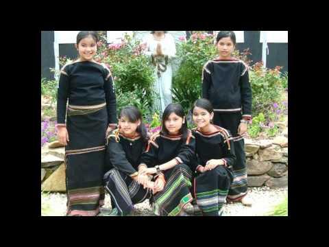 Lil Kenni - Mung Blung (Montagnard Culture & History)