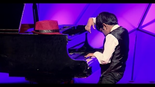 7 years old musical maestro | Lydian Nadhaswaram | TEDxGateway
