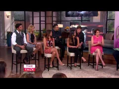 The Talk - 'Jane The Virgin' Cast Spill On Season Premiere