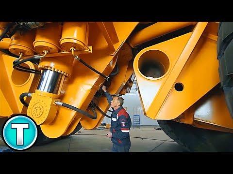 The World's Largest Dump Truck - Belaz 75710