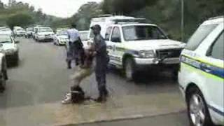 The South African Police Service and Metro Police - to PROTECT and SERVE?