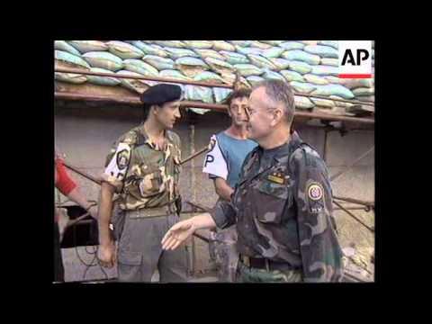 BOSNIA: BIHAC: CROATIAN SOLDIERS VICTORY CELEBRATIONS