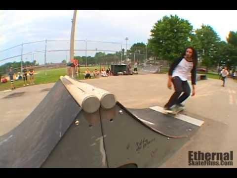 Ethernal Skate Films / Skateboard Demo Ethernal @ Skatepark St-François (Laval-Qc-Canada) 2012
